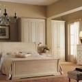 Такой разноцветный дизайн спальни с белой мебелью фото-идеи оформления