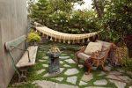 Оформление дворов частных домов фото – как красиво оформить участок в деревне, простой ландшафтный дизайн дворика
